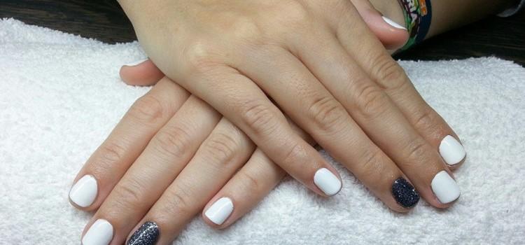 Fehér és szürke csillámos shellac | White and glitter grey shellac